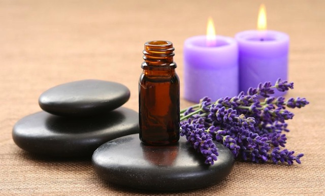 The Many Uses Of Lavender Aromatherapy Oil